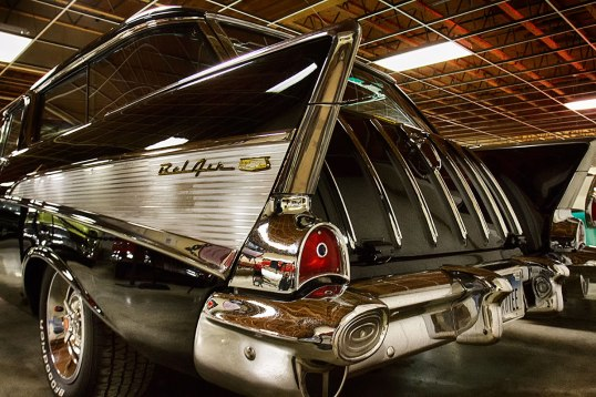fins! This is a station wagon. Note the curved glass details...